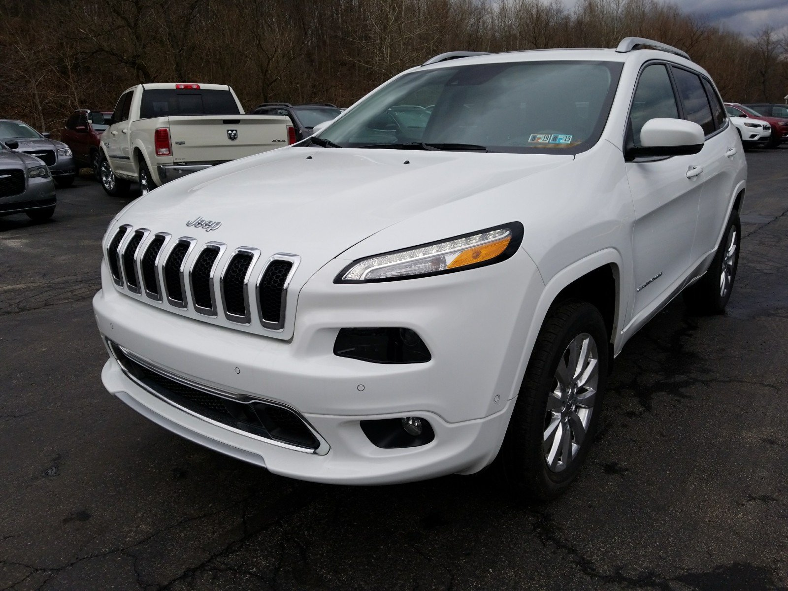 Pre Owned 2016 Jeep Cherokee Overland Sport Utility in Connellsville